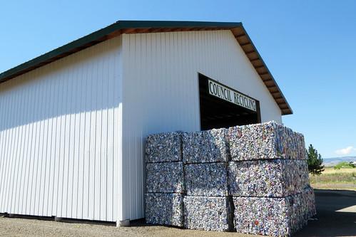 crushedandbaledaluminumcans recycling councilidahorecyclingcenter baledaluminumcans recyclingcenter charliewambekephotography canonsx50photograph wambekeandwambekephoto wambekewambekephotographyarttextiles