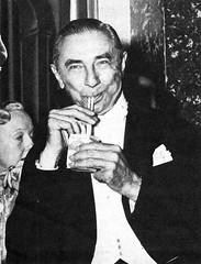 Bela Lugosi enjoying some milk at the Los Angeles premiere for House of Wax (1953)