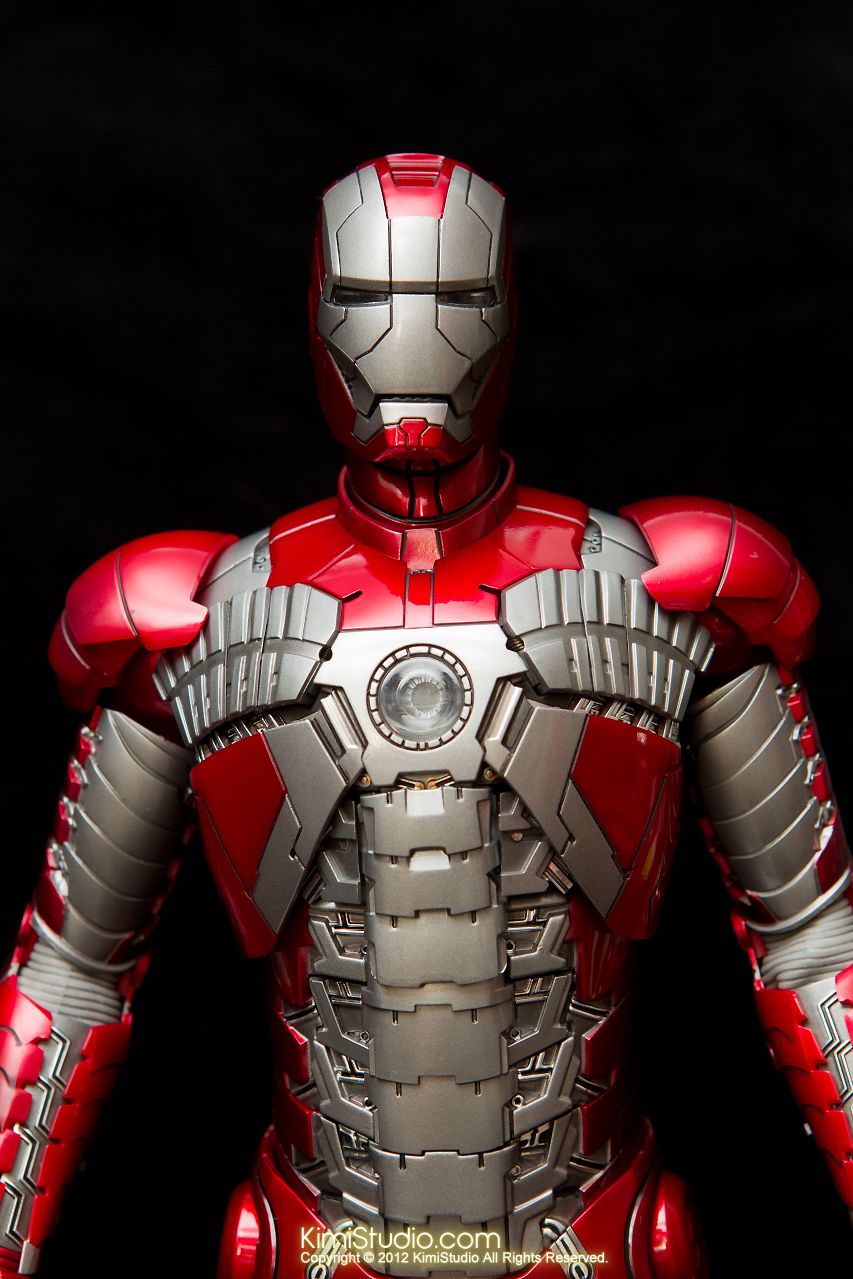 2012.09.01 Hot Toys Iron Man Mark V-006