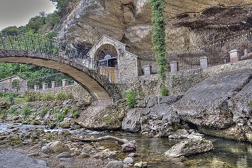 Santuario Virgen de la Cueva, Infiesto, ( Piloña 2012 )