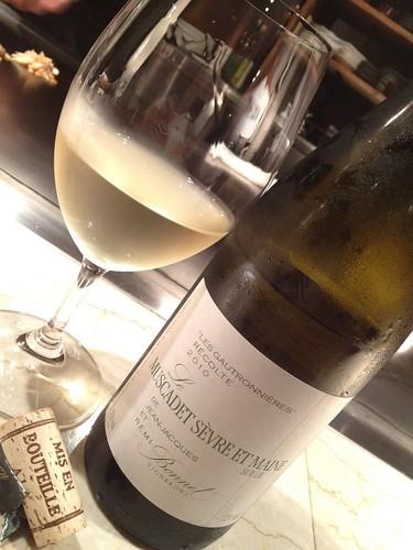 前半魚介が多いので白ワインで@木かげ