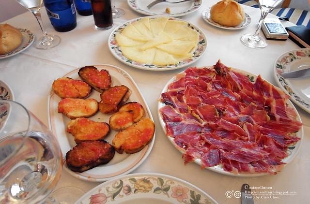 Hola Madrid~ 馬德里。La Panera 餐廳,花  €114  吃大餐!!!!!  R1043909