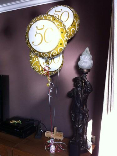 Tafeldecoratie 3ballonnen Folie 50 Jaar Abraham Sarah