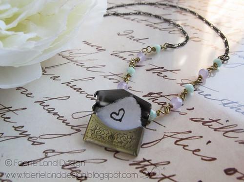 Collana Love Letter bronzo aperta