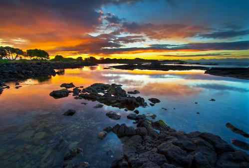 seascape sunrise hawaii pacificocean hi bigisland bigislandhawaii kau punaluu hawaiianislands naalehu pahala kaudistrict whittingtonbeachcountypark honuapobay honuapo ©2012shabdrophoto honuapofishpond