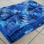 Blue Pine-Apple-Quilt