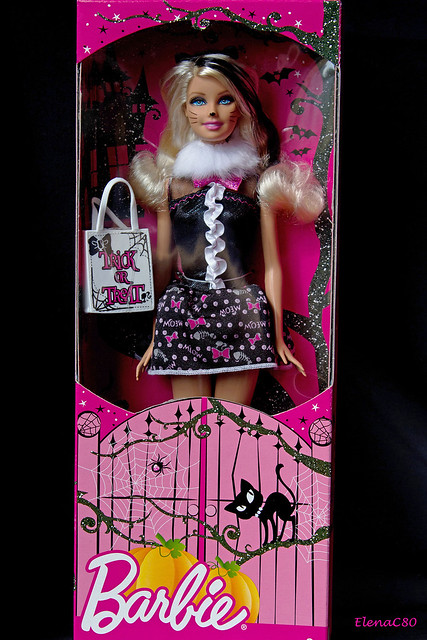 Barbie Halloween 2012 (Halloween Star (Target Exclusive))
