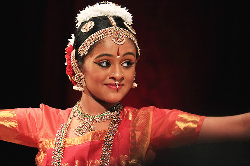Displaying images for shobana dance - Gallery For Gt Bharatanatyam Shiva Poses