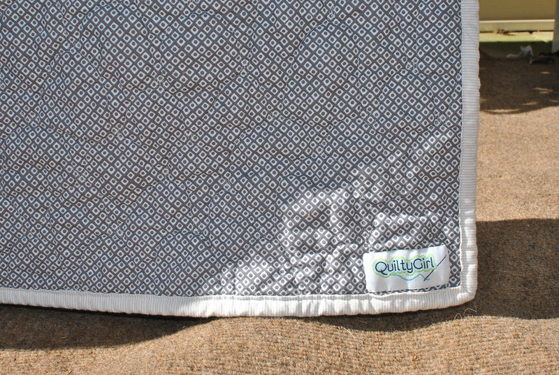 Baby Whales Quilt - label