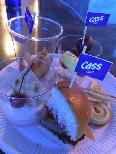 TOP - Cass Fresh Pub Event - 18jan2016 - S2kao107S2 - 06