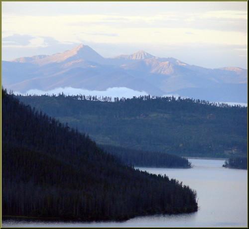 usa mist mountains sunrise rockymountains peaks mountainpeaks shadowmountainlake redsunrise grandlakeco dgrahamphoto