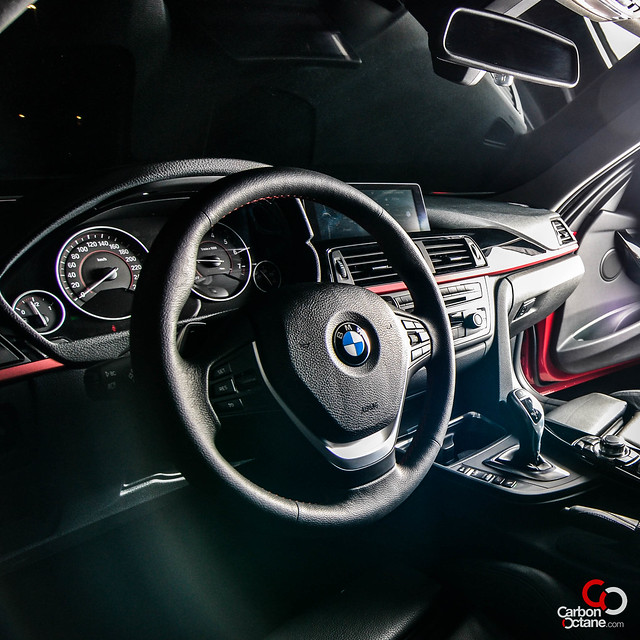 2012 BMW 330i-16.jpg