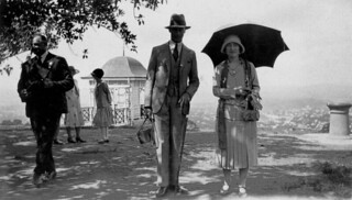 Their royal highnesses the Duke and Duchess of York enjoy a morning at Mt Coot-tha, April 1927
