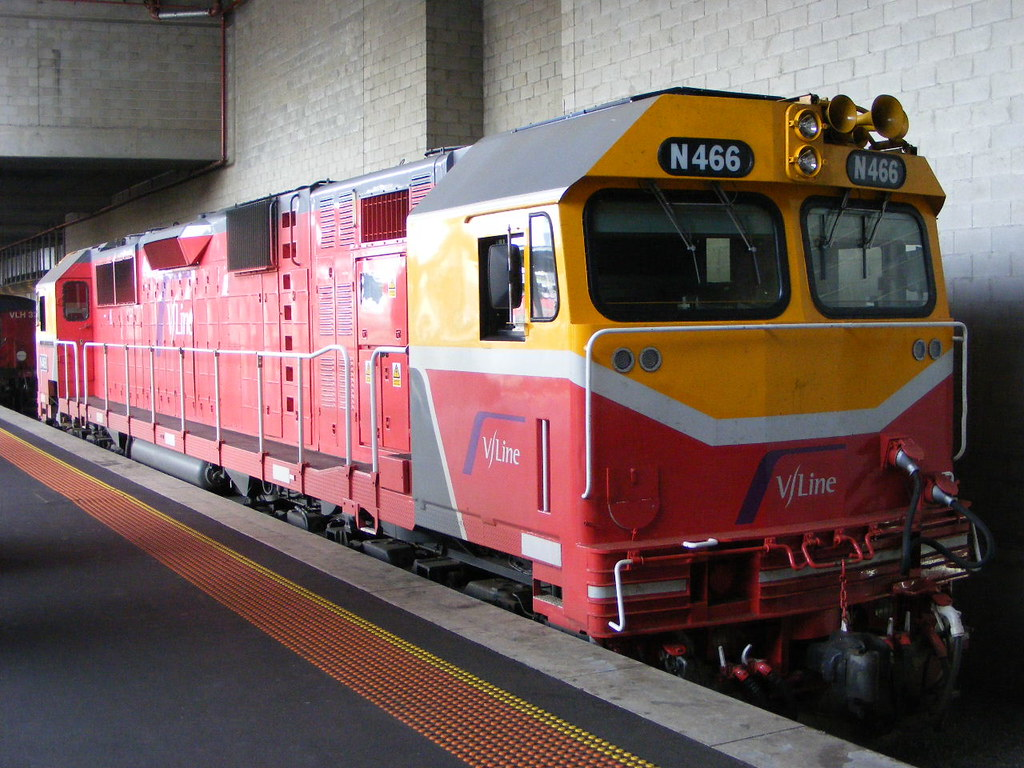 V Line N466 Southern Cross 03.03.10 by Andy Cole