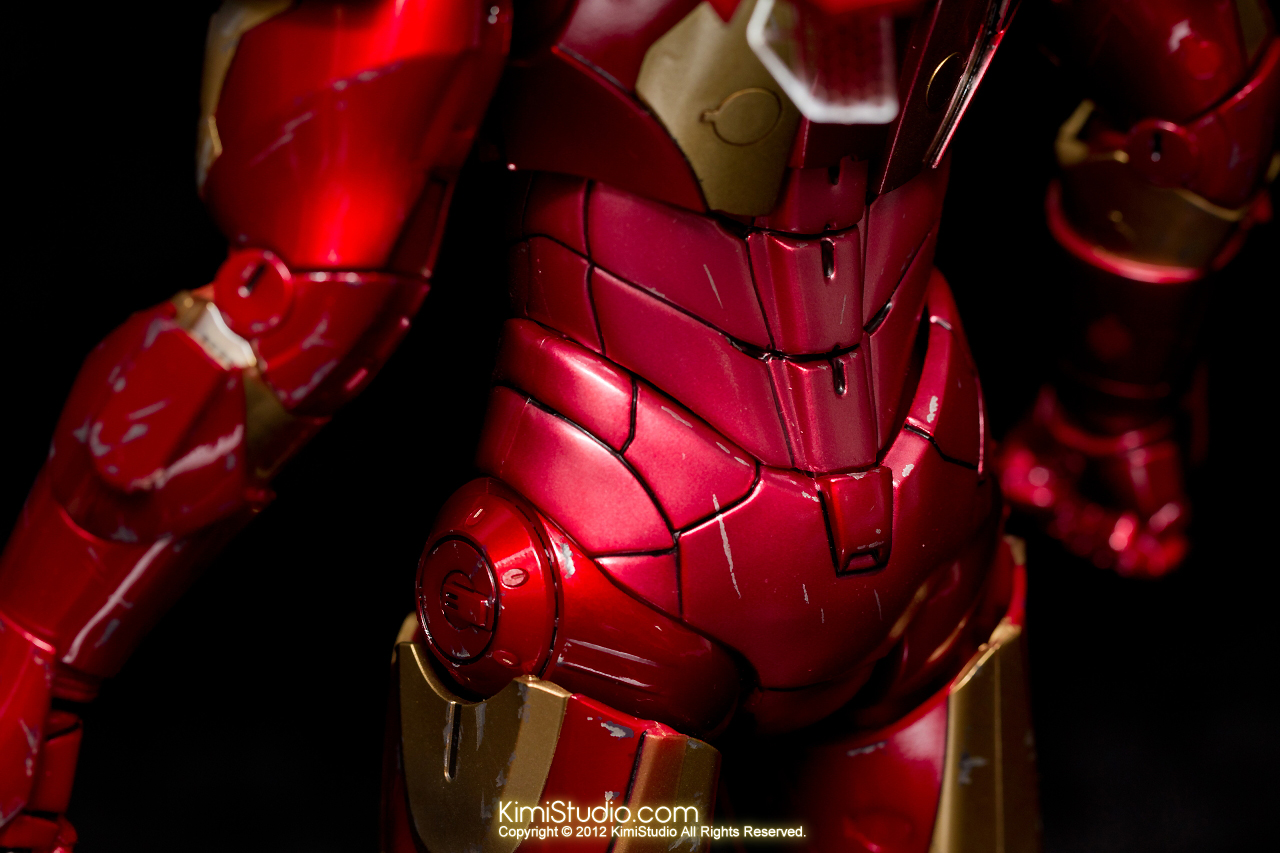2012.09.13 MMS110 Hot Toys Iron Man Mark III 戰損-009