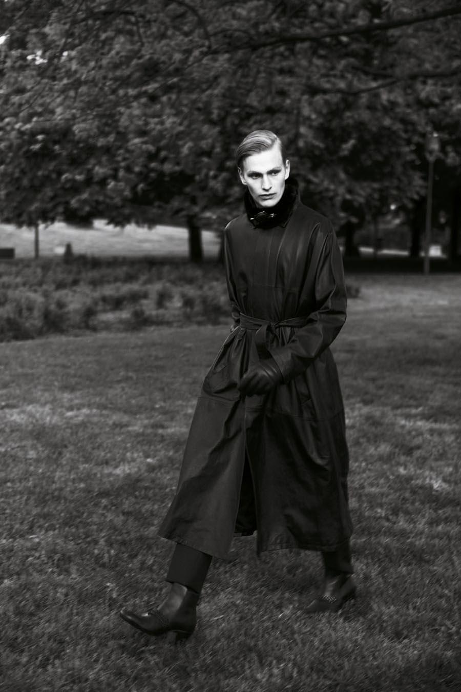 Gerhard Freidl0334_VIKTOR Magazine_Ph Adriano Russo(Wiener Models)