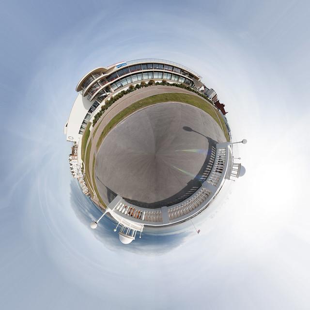 Planet De La Warr