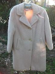 להסכים לתלות את המעיל הישן