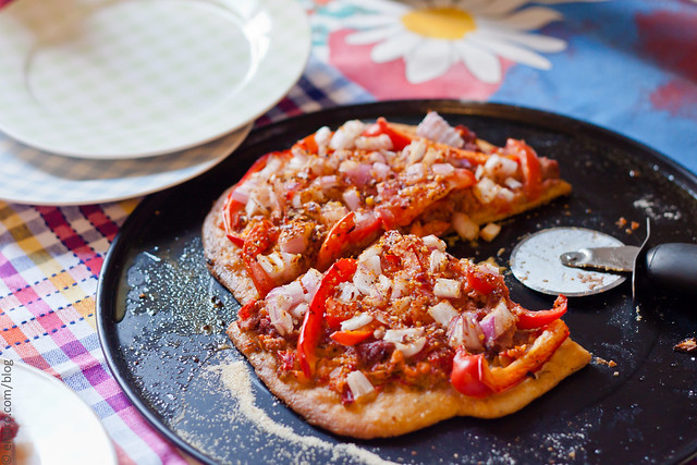 Tomato, Pepper and Onion Flatbread