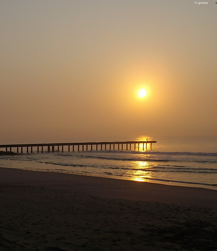 sea sun mist reflection beach beautiful sunrise southafrica pier sand epsilon portelizabeth southernhemisphere mygearandme blinkagain