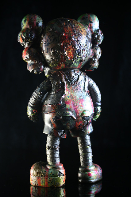 Kaws vs Pushead HP SDCC 2012