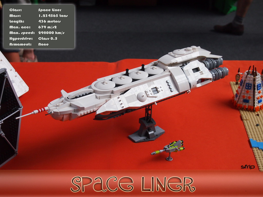 LEGO SPACE LINER