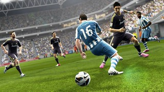 Pro Evolution Soccer 2013 - Screenshot 2