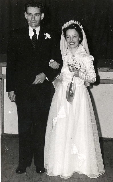 1940s wedding couple
