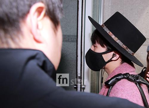 Big Bang - Incheon Airport - 21mar2015 - G-Dragon - FN Star - 04