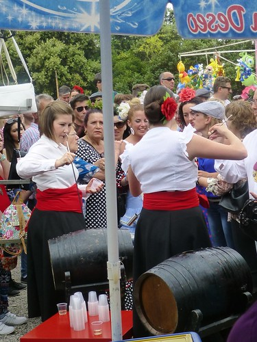 Romeria in Pruna: decanting sherry