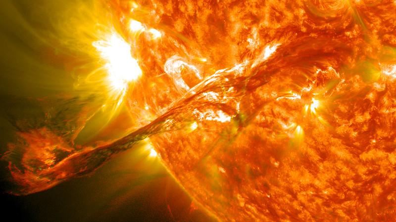 Suivi de la mission SDO (Solar Dynamics Observatory) 7931831962_7652860bae_c