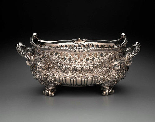 015-Cesta-1745-46-Nicholas Sprimont-Inglaterra-© 2012 Museum of Fine Arts Boston