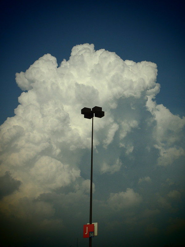 Cloud with Pole