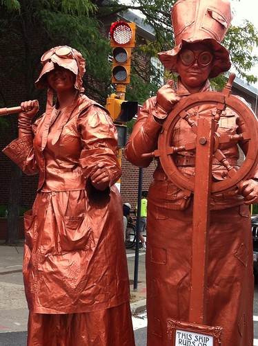 Statue Actors in steampunk finery