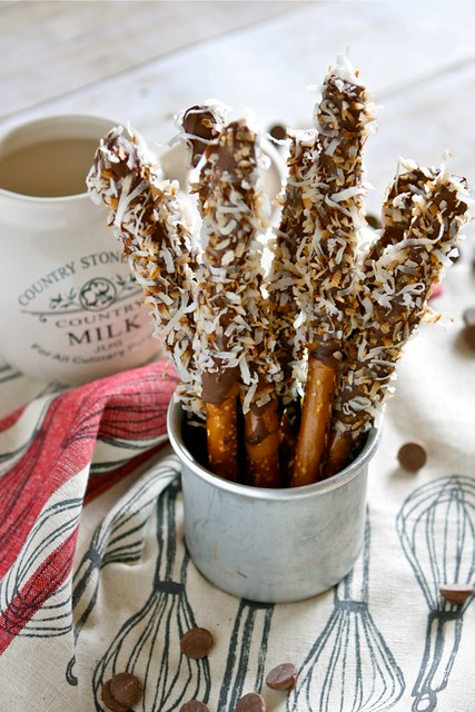 Caramel and coconut chocolate covered pretzels 001
