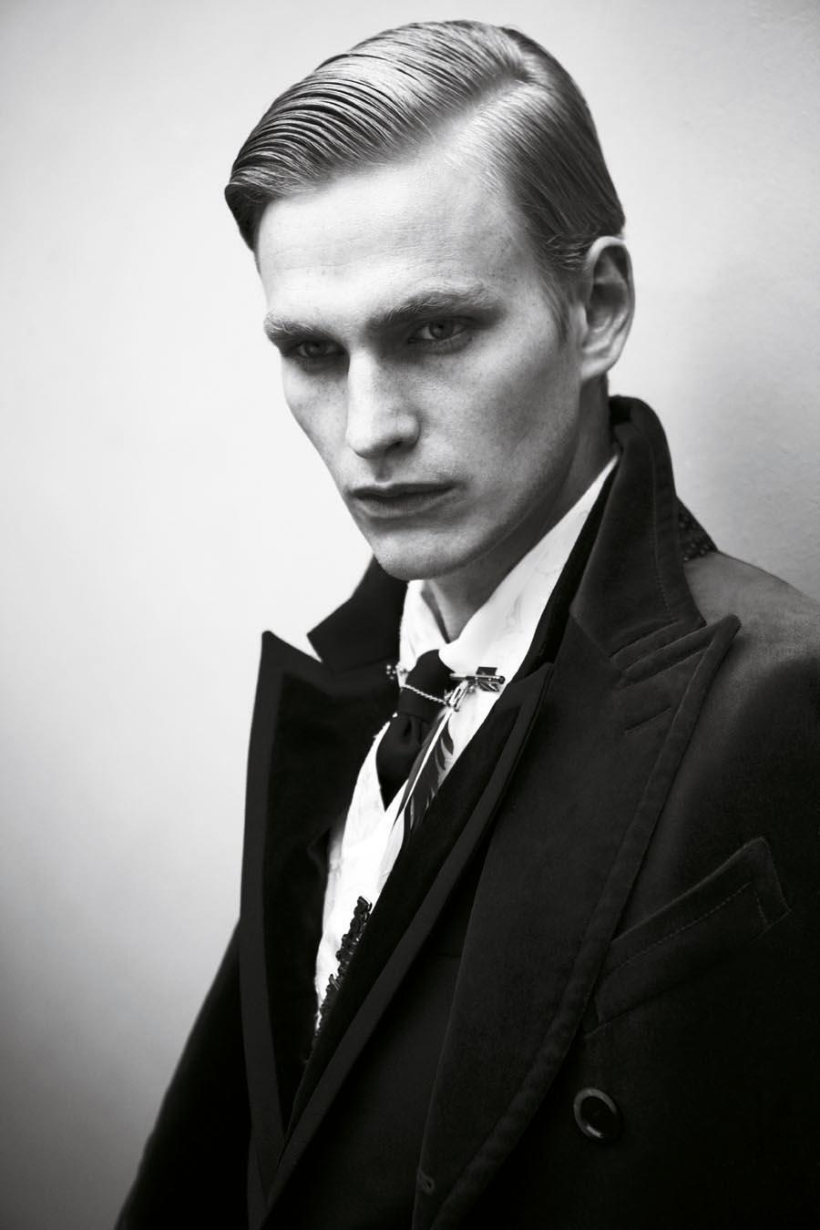 Gerhard Freidl0324_VIKTOR Magazine_Ph Adriano Russo(Wiener Models)
