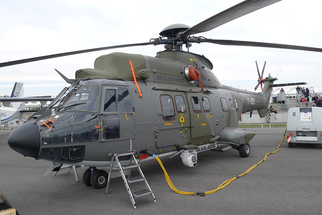 Eurocopter AS332 M1 Super Puma
