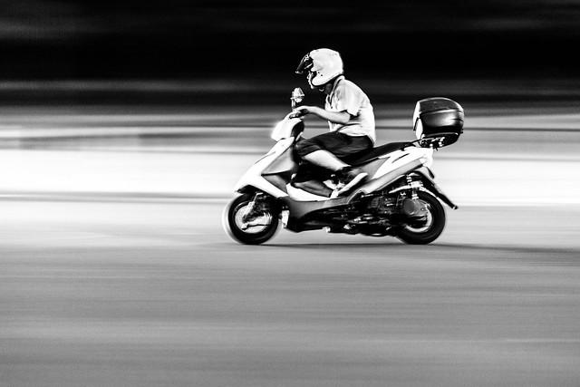 20120919_01_Night Rider