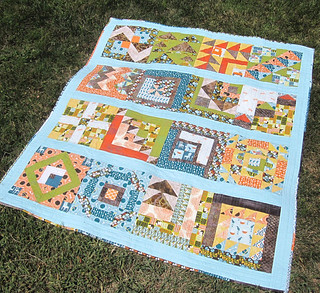 Blogger's Quilt-UberFest finally done!