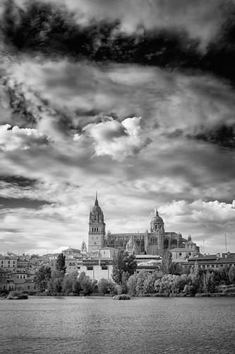 Salamanca by Andrés Ñíguez