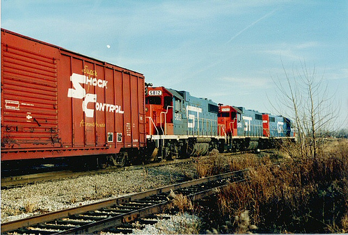 Grand Trunk Western freight entering the southbound interchange at Hayford Junction.  Chicago Illinois.  December 1988. by Eddie from Chicago