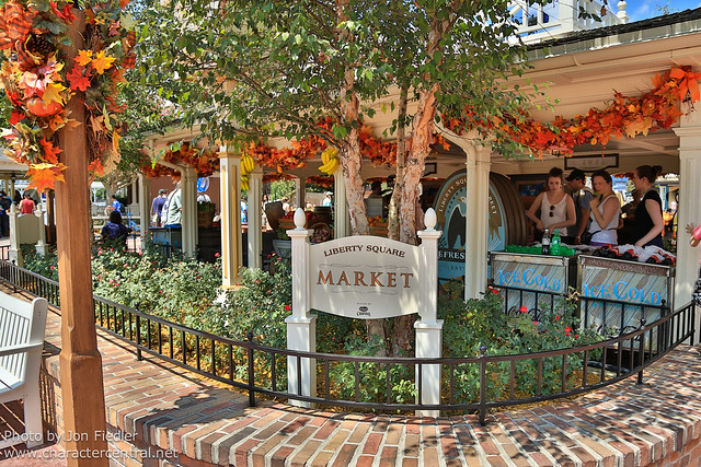 WDW Sept 2012 - Wandering through Liberty Square