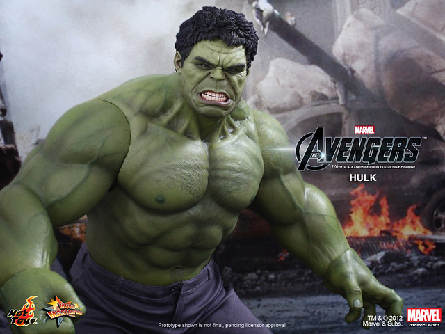 Hot Toys - The Avengers - Hulk Limited Edition Collectible Figurine_PR13