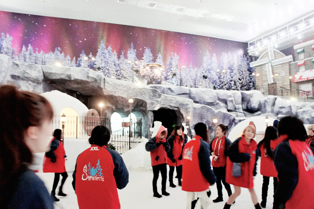 inside snow world genting