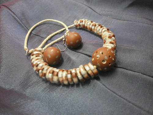 "Series jewelry ""nuts-chocolate"""