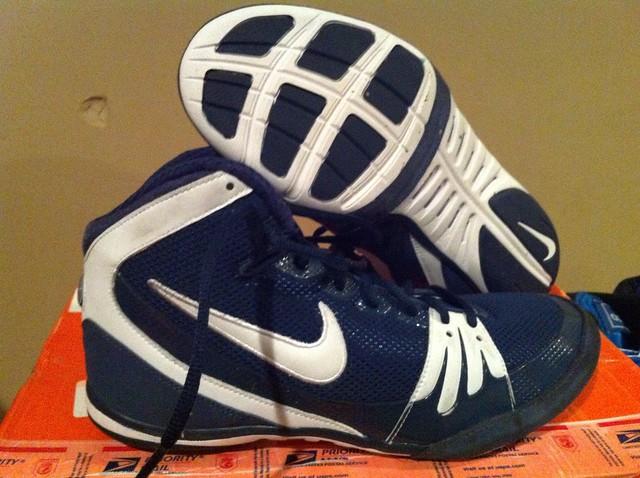 Nike Freeks navy | Flickr - Photo Sharing!