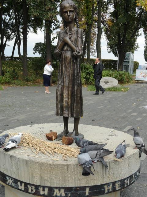 Holodomor Memorial, statue of emaciated girl