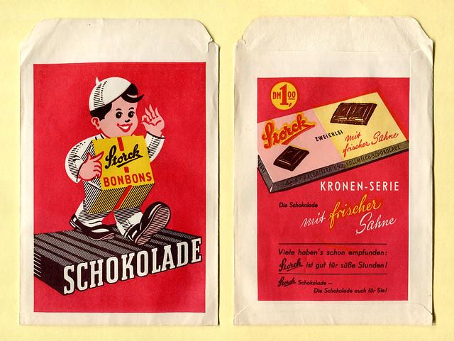 Verkaufstütchen mit Werbung der Firma Storck