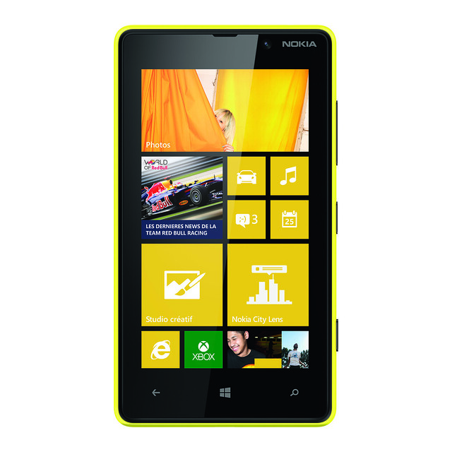 Nouveau Nokia Lumia 820 avec Windows Phone 8