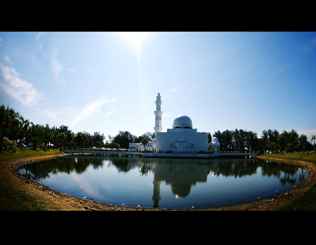 Masjid Terapung 2012